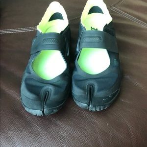 Nike bike shoes with strap across the front